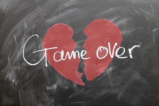 zlomené srdce na tabuli