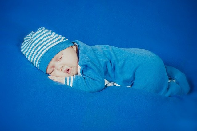 novorozený chlapec.jpg