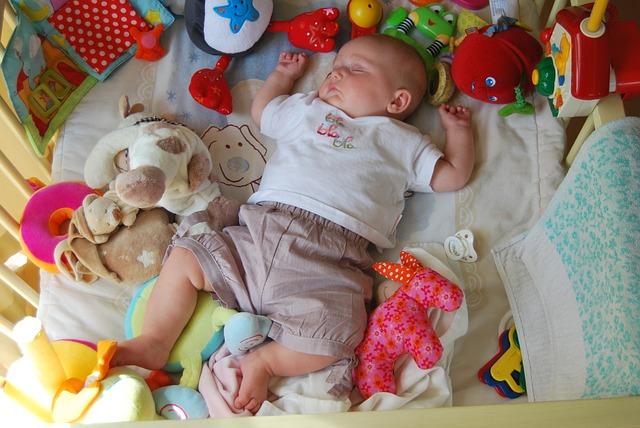 hračky novorozence.jpg