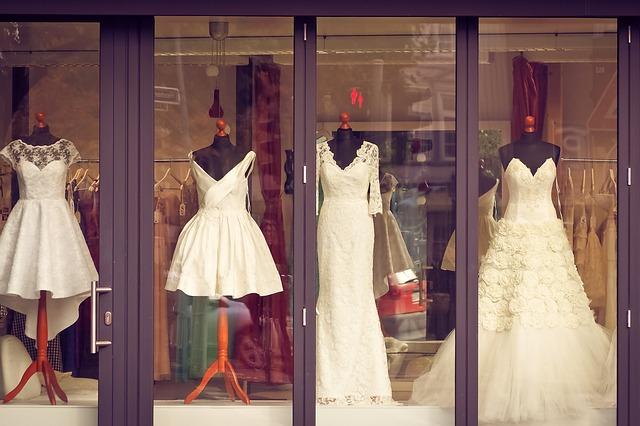 obchod se svatebními šaty
